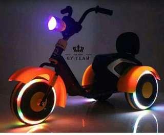 Tricycle最新款的哈雷