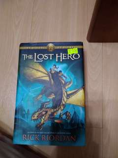 🚚 The Lost Hero - Rick Riordan