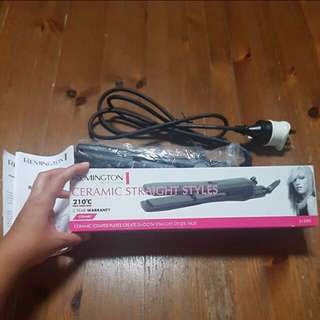 🚚 Remington Hair Straightener
