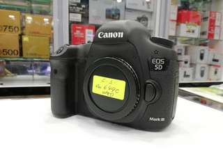 CANON 5D MARK III DSLR BODY.