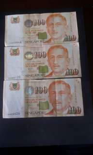 Singapore Note  ( Nice No )  2AB226644  1AF882121  1AQ002424  ($110 Each) Collectable