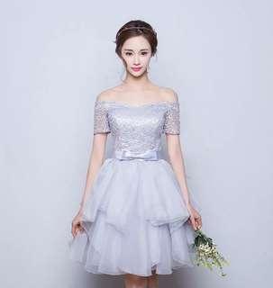Off shoulder lace dinner dress