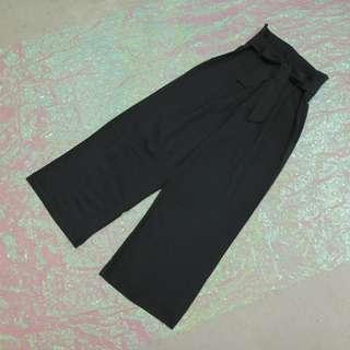 綁帶造型西裝寬褲