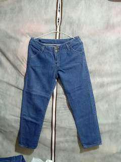 🚚 可換物 寬鬆顯瘦牛仔褲