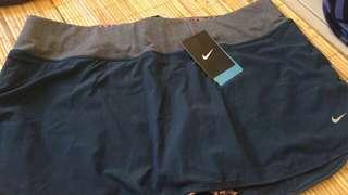 Celana Rok Tenis Nike