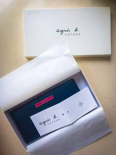 agnes b Voyage leather wallet - New