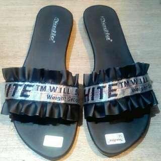 sandal plat