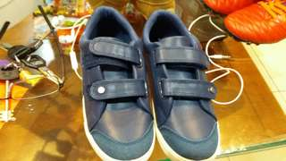 🚚 男童球鞋21cm,99元