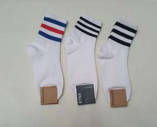 Korean / Iconic Socks