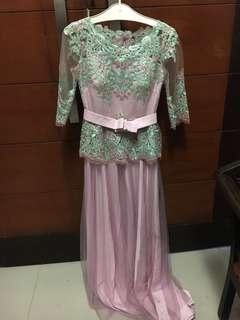Pink graduation kebaya dress / prom / gaun pesta