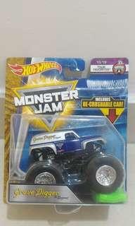 Hotwheels Grave Digger Monster truck the Legend