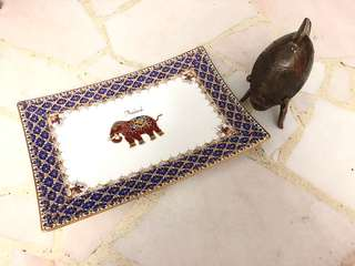 Elephant Plate Frame and A Fish