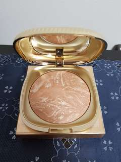 Kiko Milano Gold Waves Bronzer (Celebration Honey)