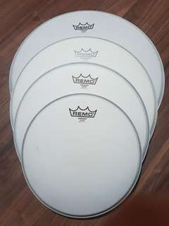 Remo Emperor and Ambassador x drum heads