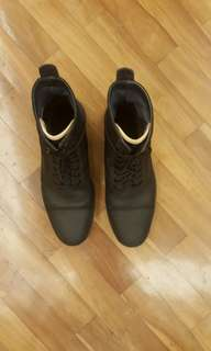 Cole Hann Black boots for men