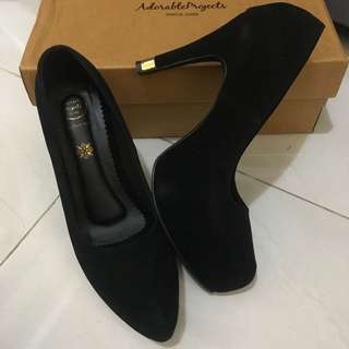 Adorable Black Shoes