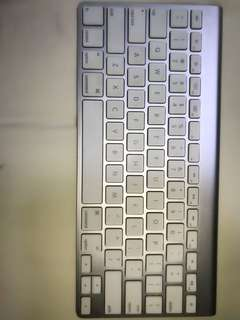 Apple Magic Keyboard 1 - US English (Wireless) Preloved