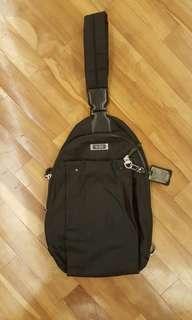 Tumi black body bag