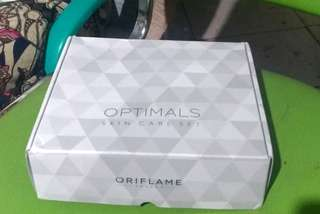 Optimals EvenOut Skincare Set