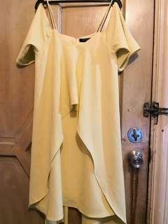 SM Woman Cold Shoulder Dress