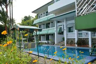 Villa and hotel bonita