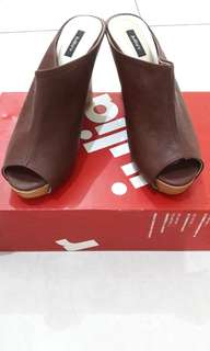 Wedges clogs shoes-Reprice from 250k