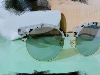 "Gentle Monster ""Moon Cut"" Sunglasses"