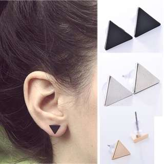 Triangle earing set of 3