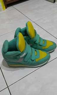PONY鞋(9成新)