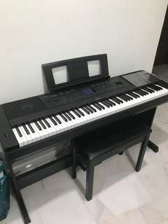 Digital piano Yamaha gdx 660
