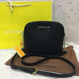 Replica quality Michael Kors sling bag