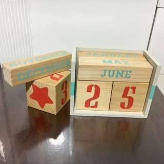 Desk Calendar Blocks