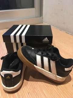 adidas愛迪達幼童鞋
