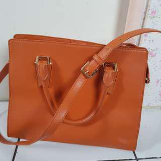 Tas Charles and Keith Orange ORI counter