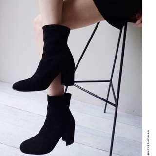 🚚 Lovfee 韓國質感麂皮高跟襪靴