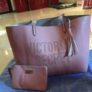 🌸BRANDNEW🌸 Victoria Secret Pink Tote Bag with Pouch