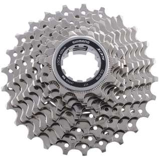 Rear shimano 105 (10 speeds )26T cassette