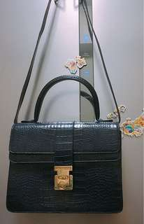 Brandnew Mino Bossi Bag bought in Japan 🇯🇵