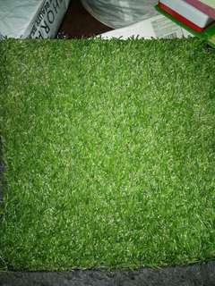 Fake grass for flat lays