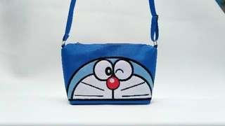Sling Bag bordier Doraemon