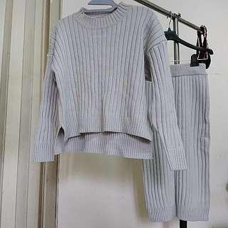 直坑條針織套裝