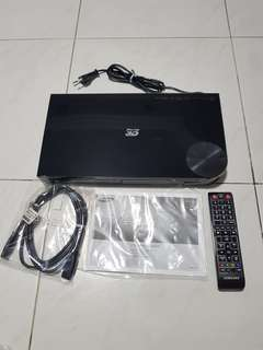 Samsung BD-F5500 3D Blu-ray Disc/DVD player
