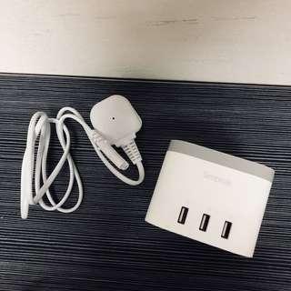 Simpeak USB Port