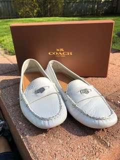 Coach Women's White Flat Shoe - Size 5