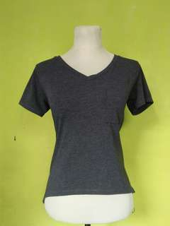 Plain V-neck Top