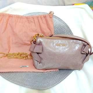 正品 Miu Miu 粉藕色 蝴蝶結 細手袋仔 斜咩袋 dirty pink bow hand bag cross body