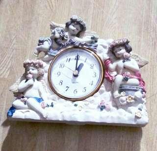 Quartz Desk Clock (Ceramic)