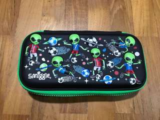 Smiggle original alien pencil case