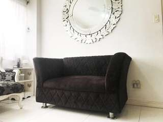 CLASSY BLACK 2 SEATER COUCH