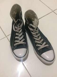 Sepatu Converse High Basic